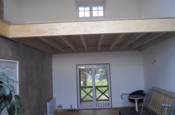 travauxtranquil cr ation d une mezzanine. Black Bedroom Furniture Sets. Home Design Ideas