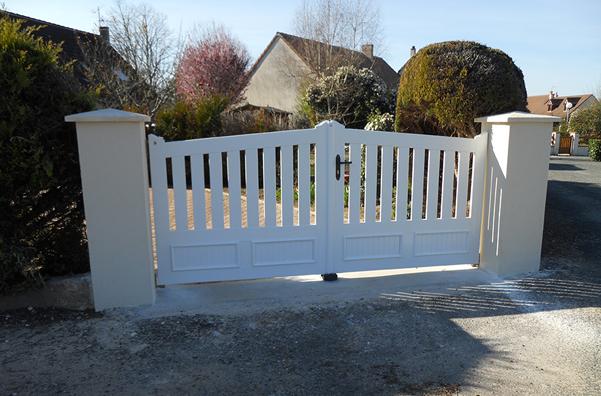 Courtier en travaux : remplacement d'un portail à Saint-Denis en Val, avec Travaux Tranquil